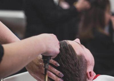 Haare waschen - Inn Hair, Neuötting